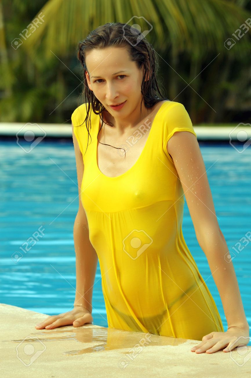Woman Wet Dress In Pool The VGUpSzjLqM
