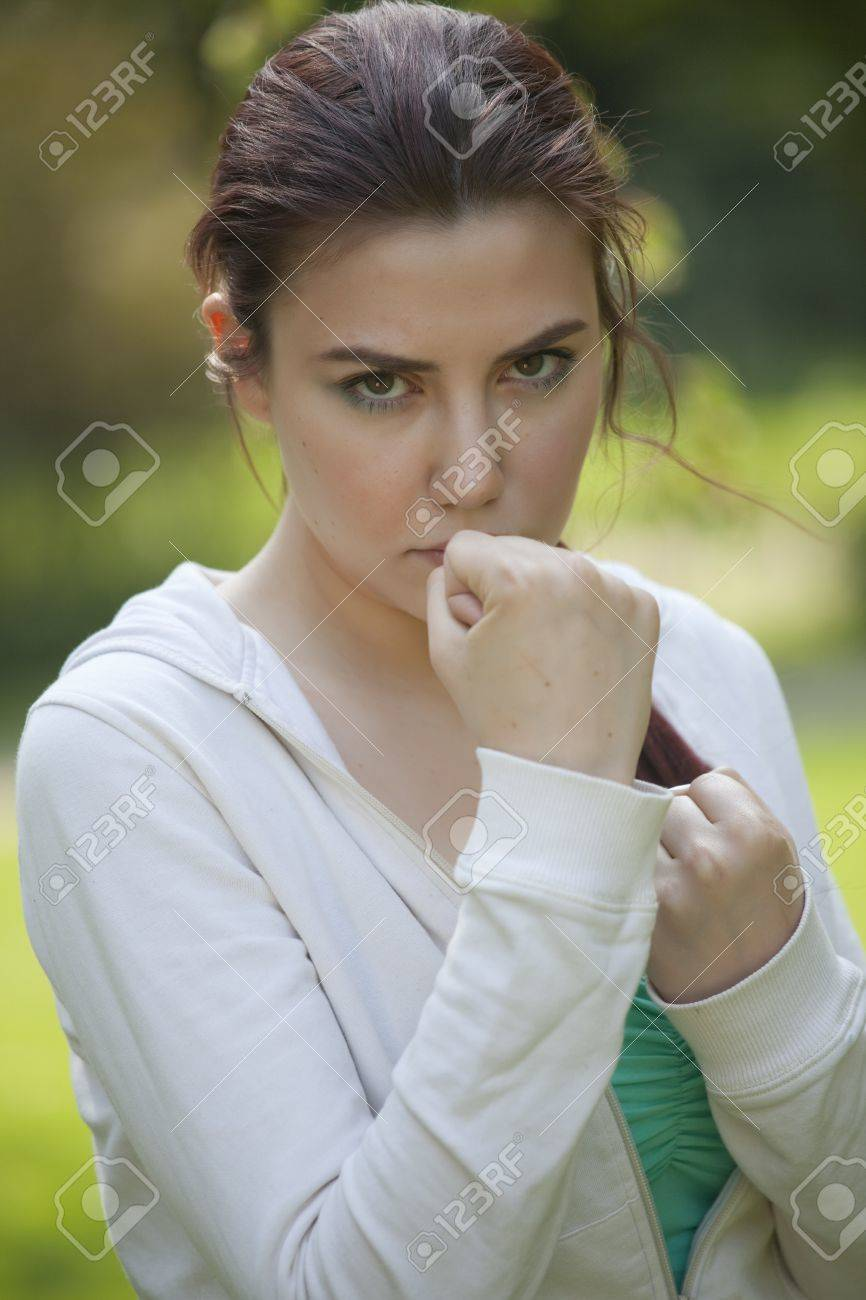 young fitness woman in fighting stance Stock Photo - 9575264