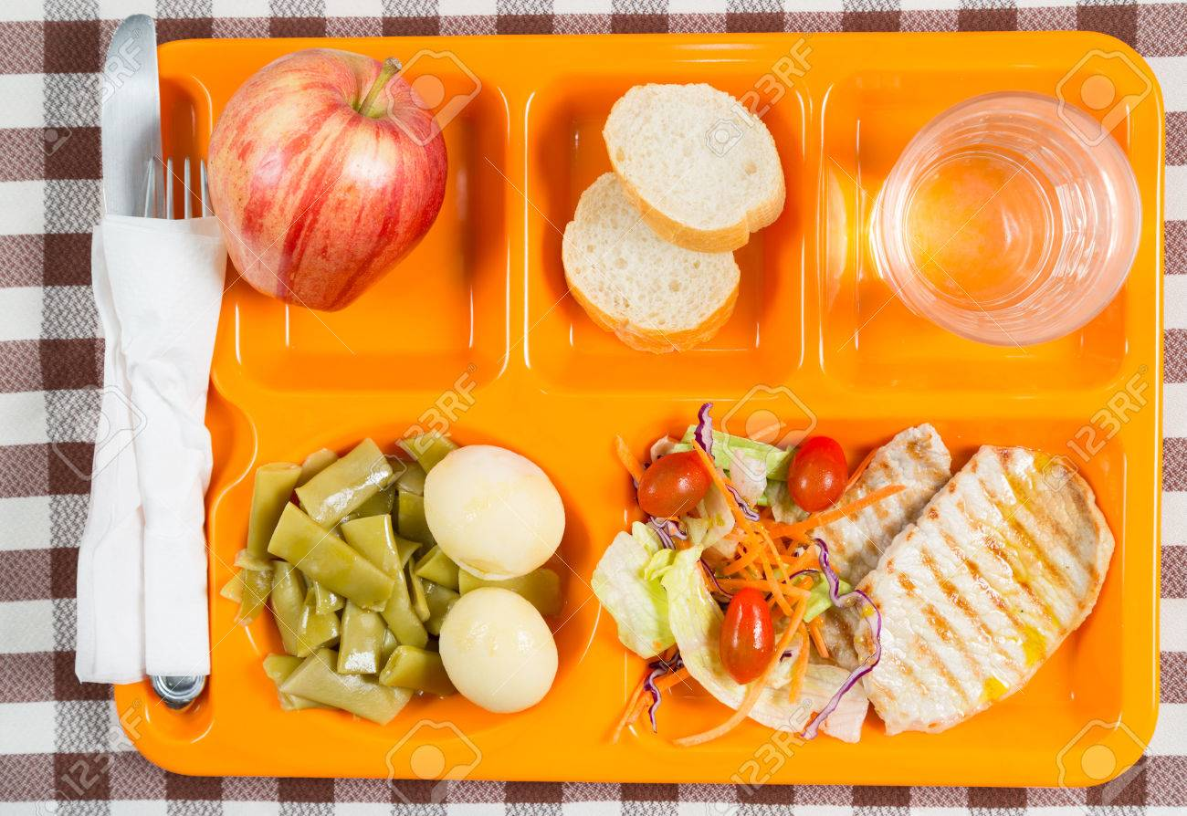 Tray of food in a school canteen - 39238137