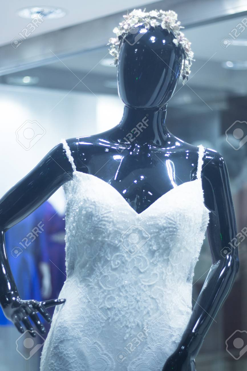 Bridal Shop Dummy Bride Mannequin In Department Store With White ...