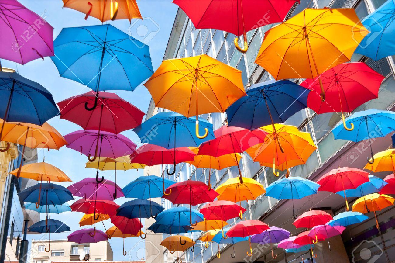 Wir Können Den Regen Zu Stoppen! Die Interessante Dekoration Auf ...