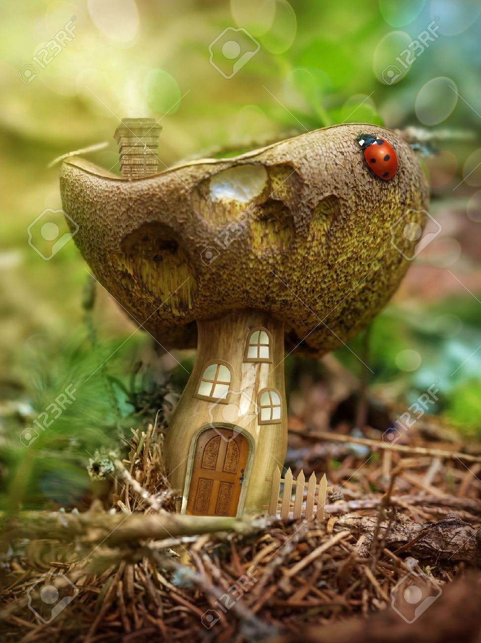 Fantasy mushroom house in the forest Stock Photo - 30492282