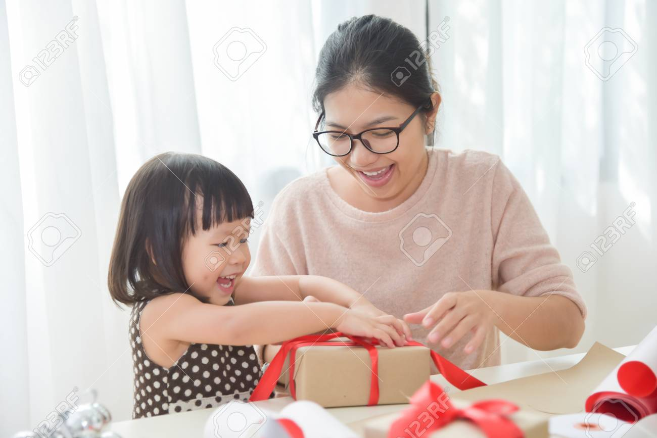 Birthday Gifts For Young Moms ✓ Labzada Wallpaper