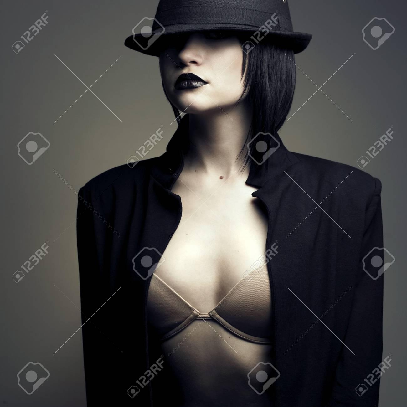 Portrait of beautiful stylish lady in hat. Studio fashion photo Stock Photo - 6115897