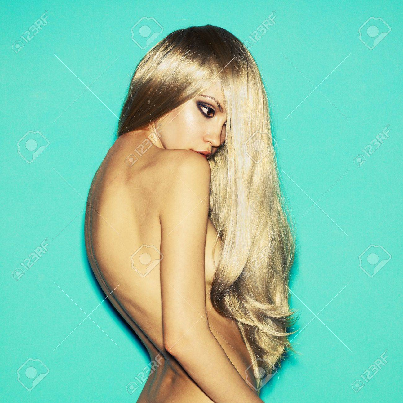 Naked lady hair, bikinis boobs video