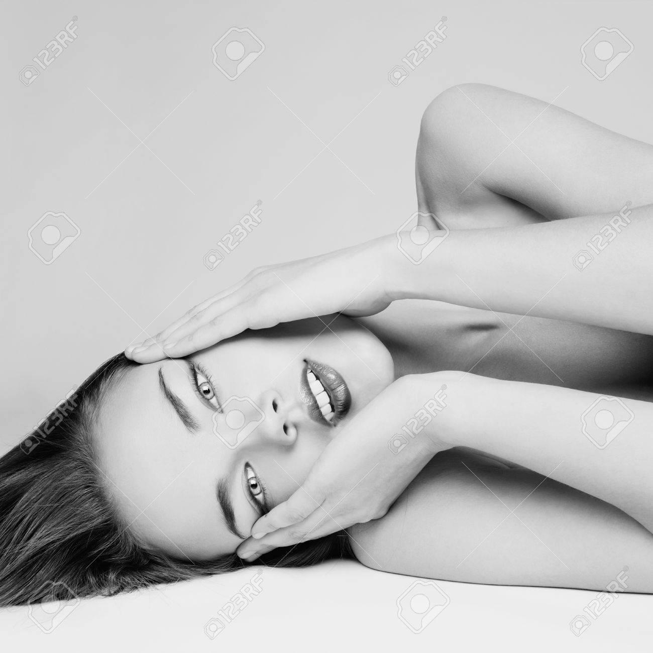 Angelica Bella Fotos ritratto di signora angelica bella su uno sfondo bianco