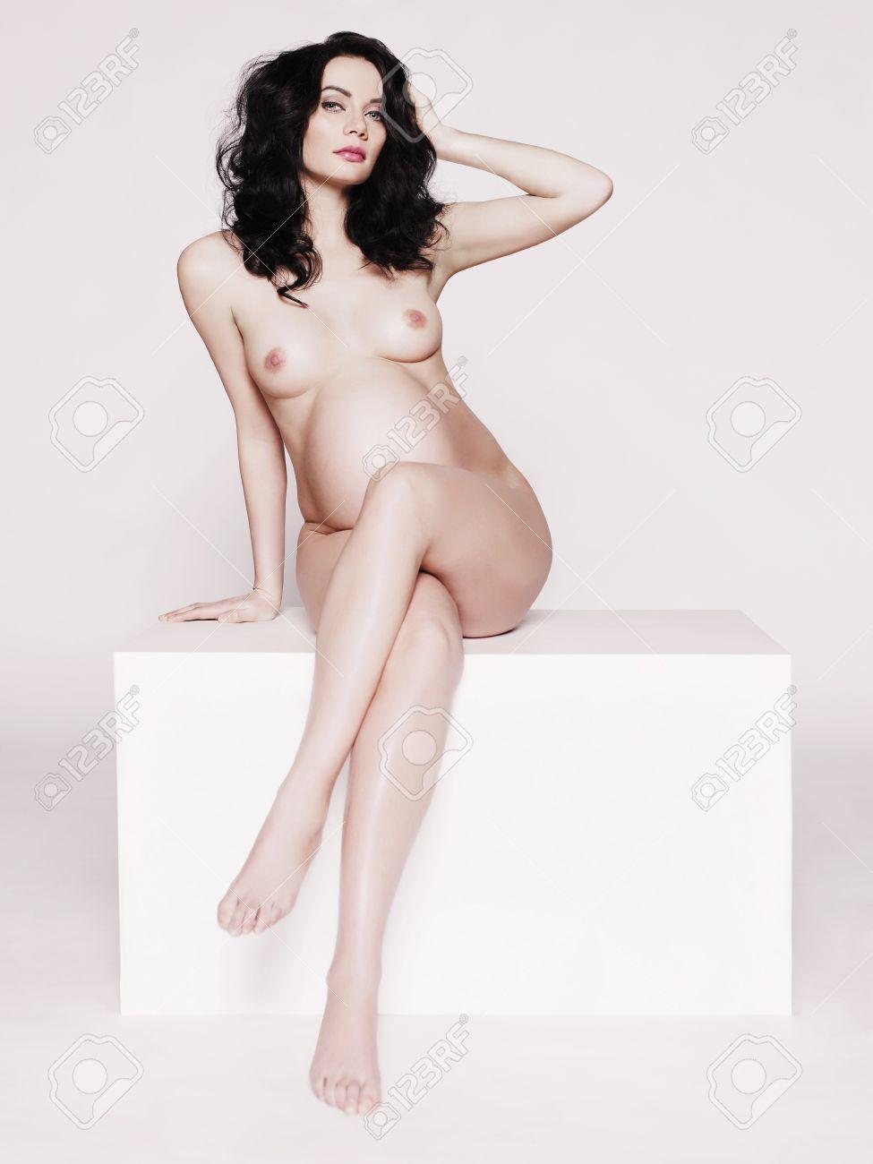 sexey-moive-pregnant-nude-pics-fucking