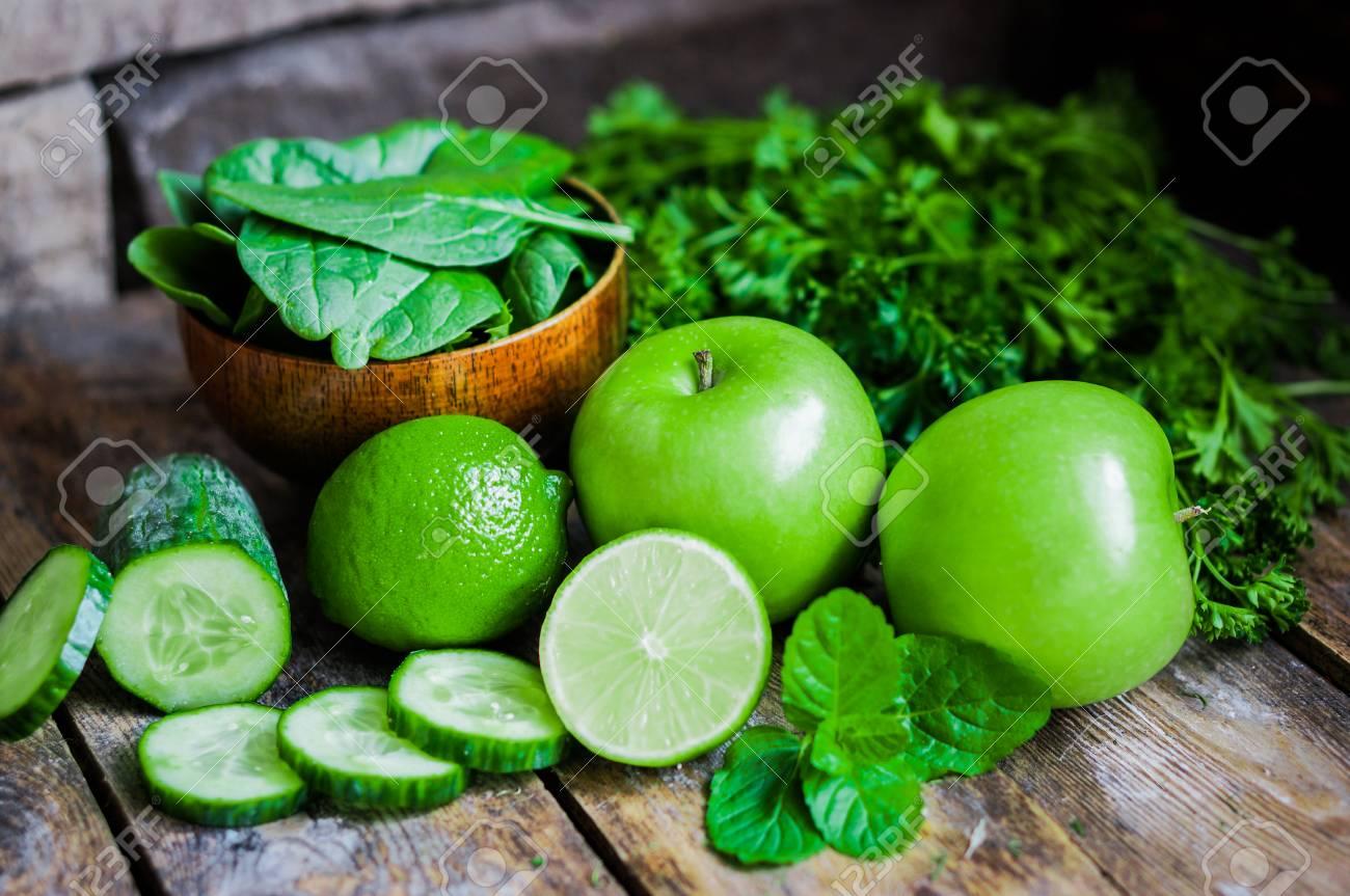 green vegetables - 26294502