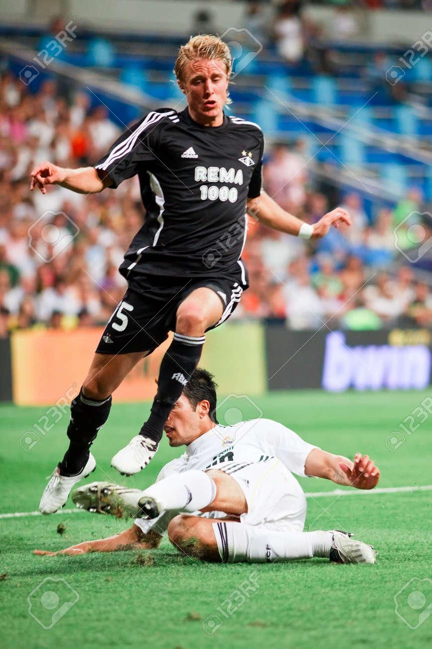 MADRID AUG 24 2009 Ezequiel Garay Tackles The Ball Away