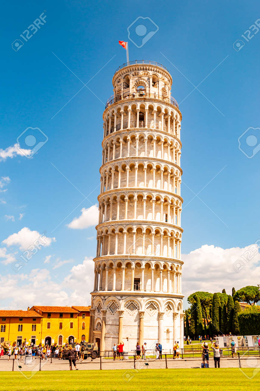 Pisa, Italy - September 03, 2019: The famous leaning Tower of Pisa or La Torre di Pisa at the Cathedral Square, Piazza del Duomo in Pisa, Italy - 133858841