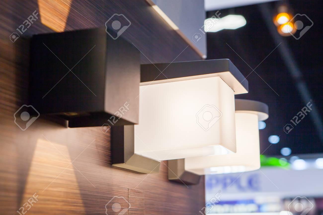 Moderne Dekoration Wandbeleuchtung Lampe Lizenzfreie Fotos, Bilder ...