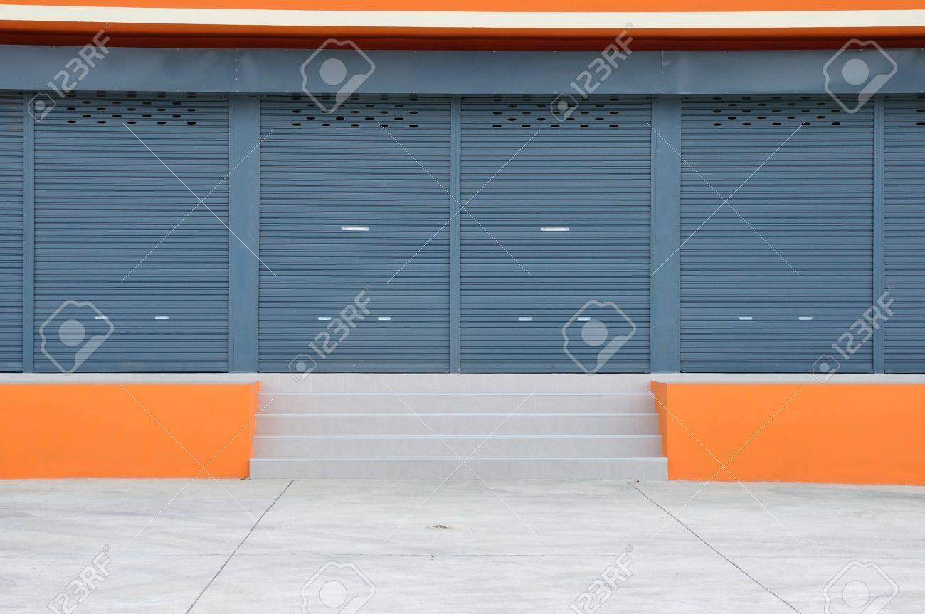 Closed door of new modern warehouse building Stock Photo - 21533086