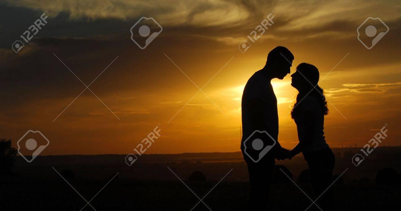 Love story  Running along the river, splashing Stock Photo - 15067857