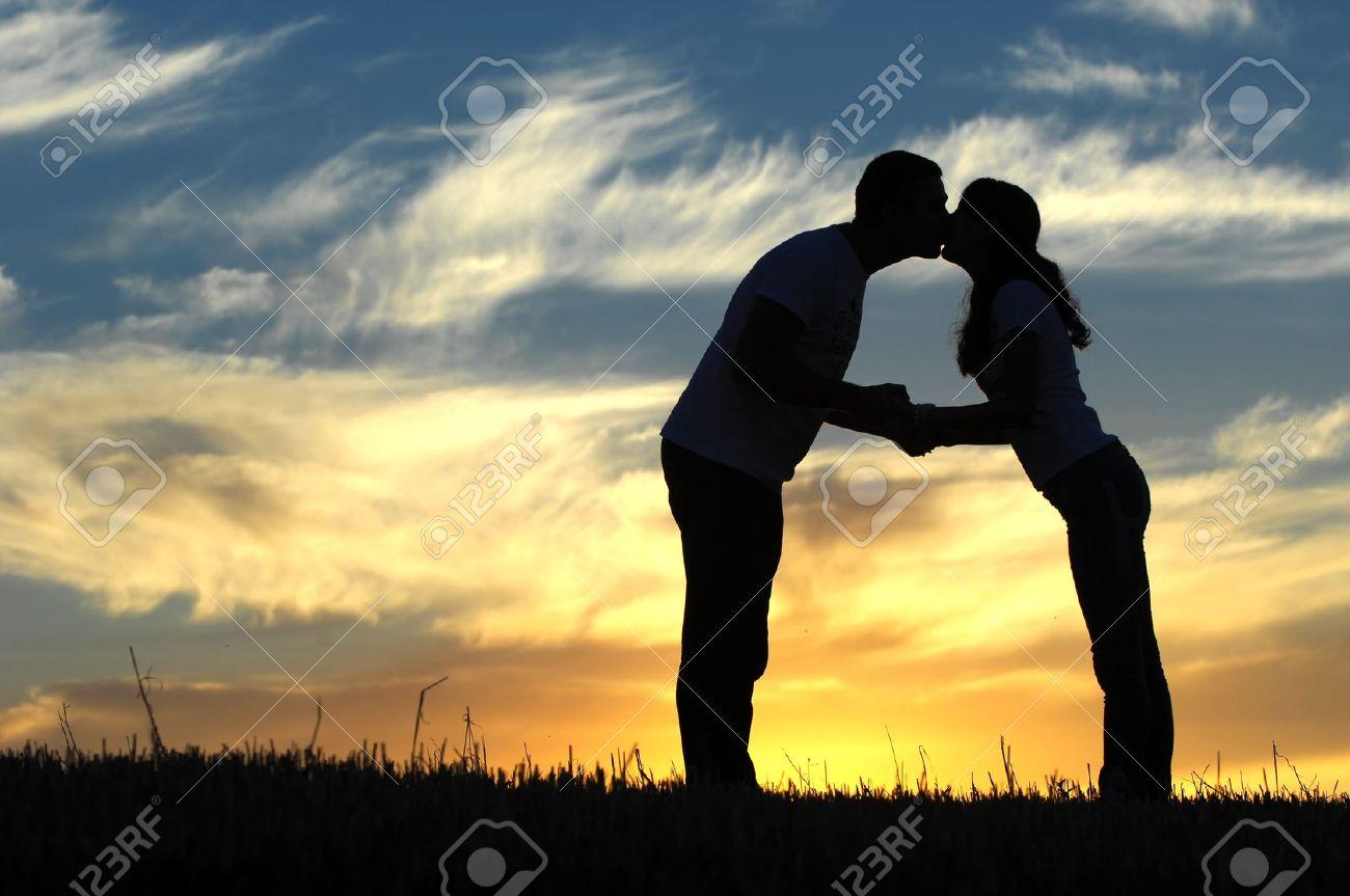 Love story  Running along the river, splashing Stock Photo - 15067866