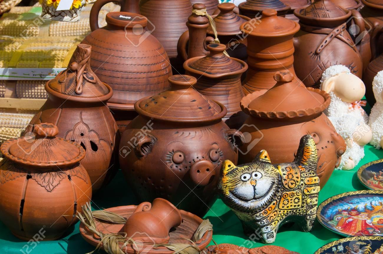 Steingut Keramik textur hintergrund keramik töpfe geschirr und andere gegenstände