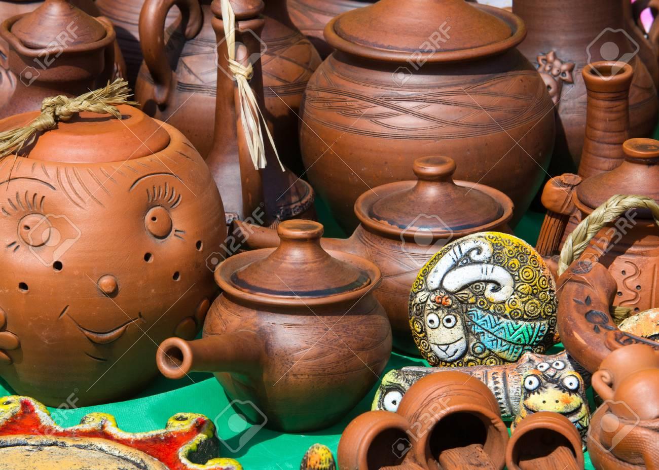 Steingut Porzellan textur hintergrund keramik töpfe geschirr und andere gegenstände