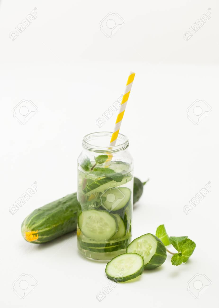 Useful properties of cucumber. Cucumbers: useful properties and contraindications 88