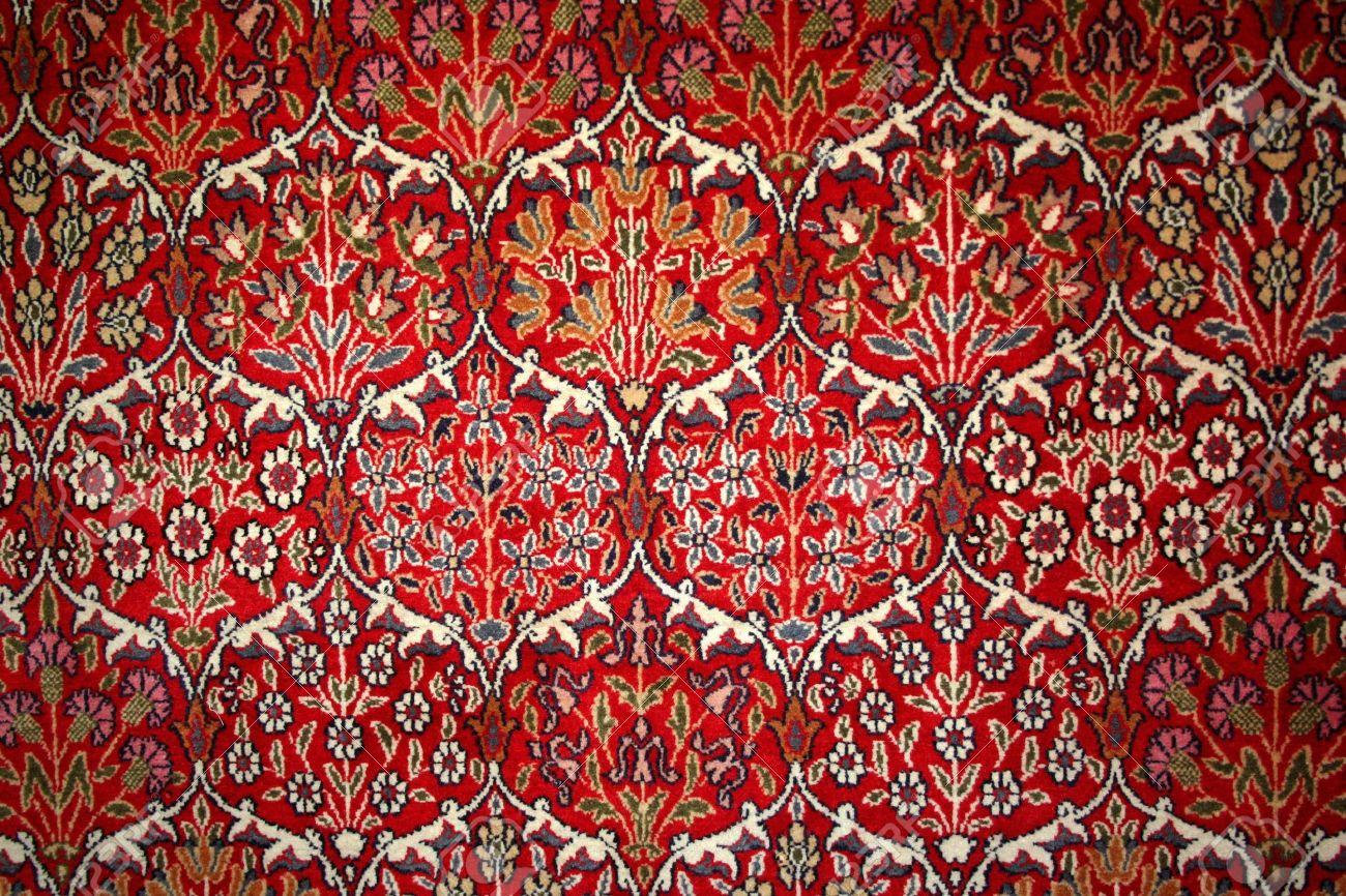 Beautiful turkish carpet with pattern - 4265429