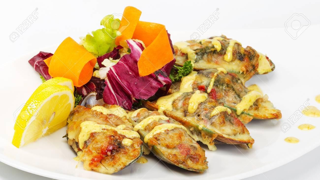 Delicieuse Nourriture Gastronomique Sur La Table Cuisine