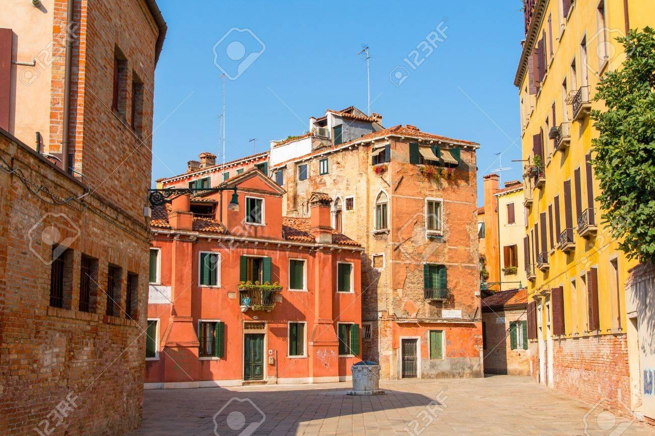 Ramo Va in Campo square in Venice, Italy. Stock Photo - 15669219