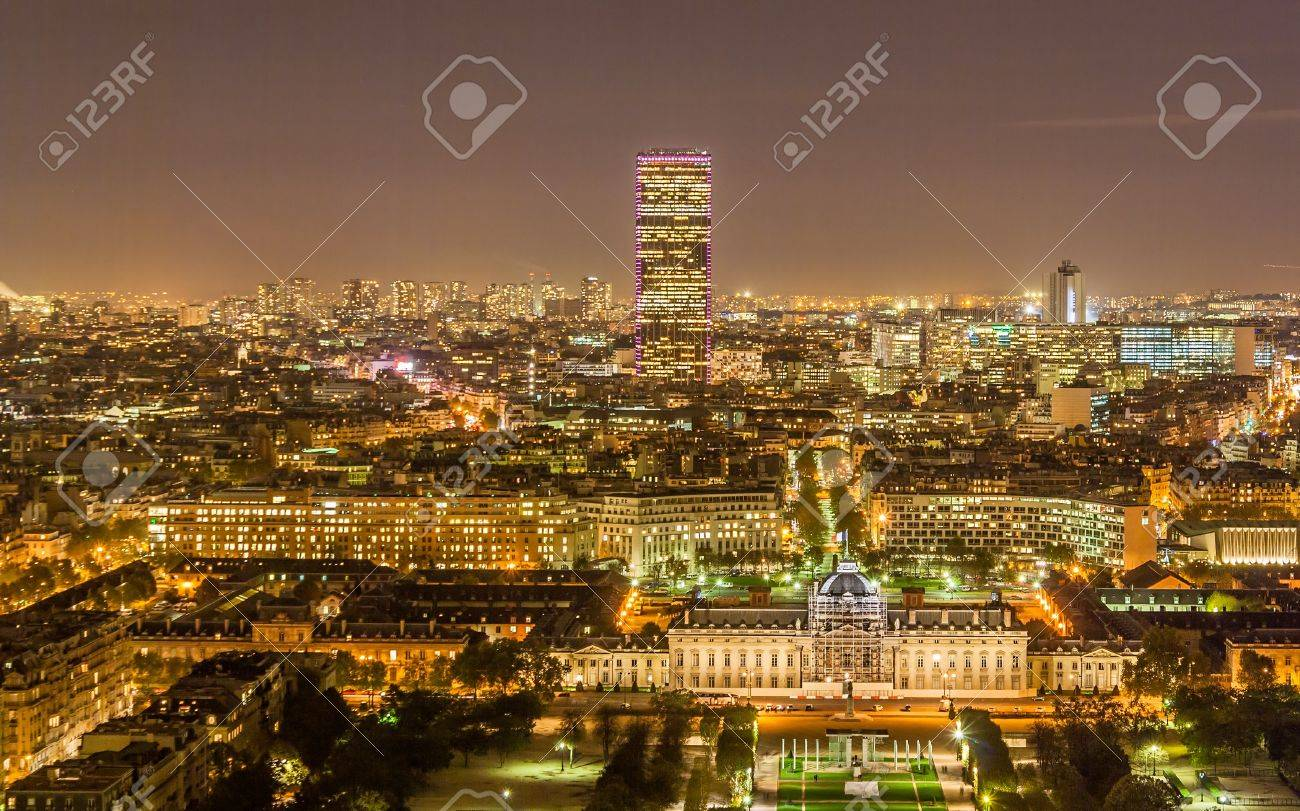 Tour Montparnasse and Ecole Militaire as seen from Eiffel Tower  Paris, France Stock Photo - 16139029