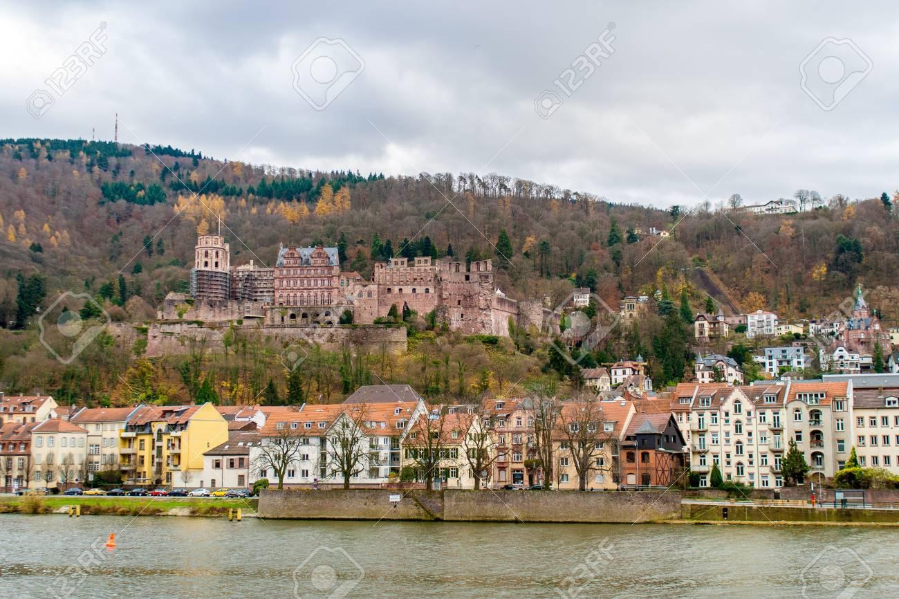 ハイデルベルクの城は、バーデン = ヴュルテンベルク州 - ドイツで表示 ...