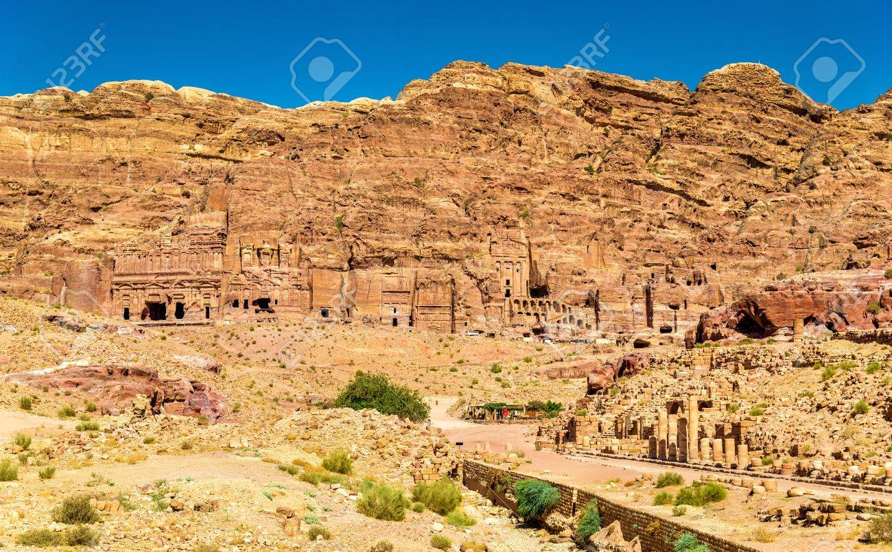 Stock Photo - View of the Royal Tombs at Petra 4446e0d7e
