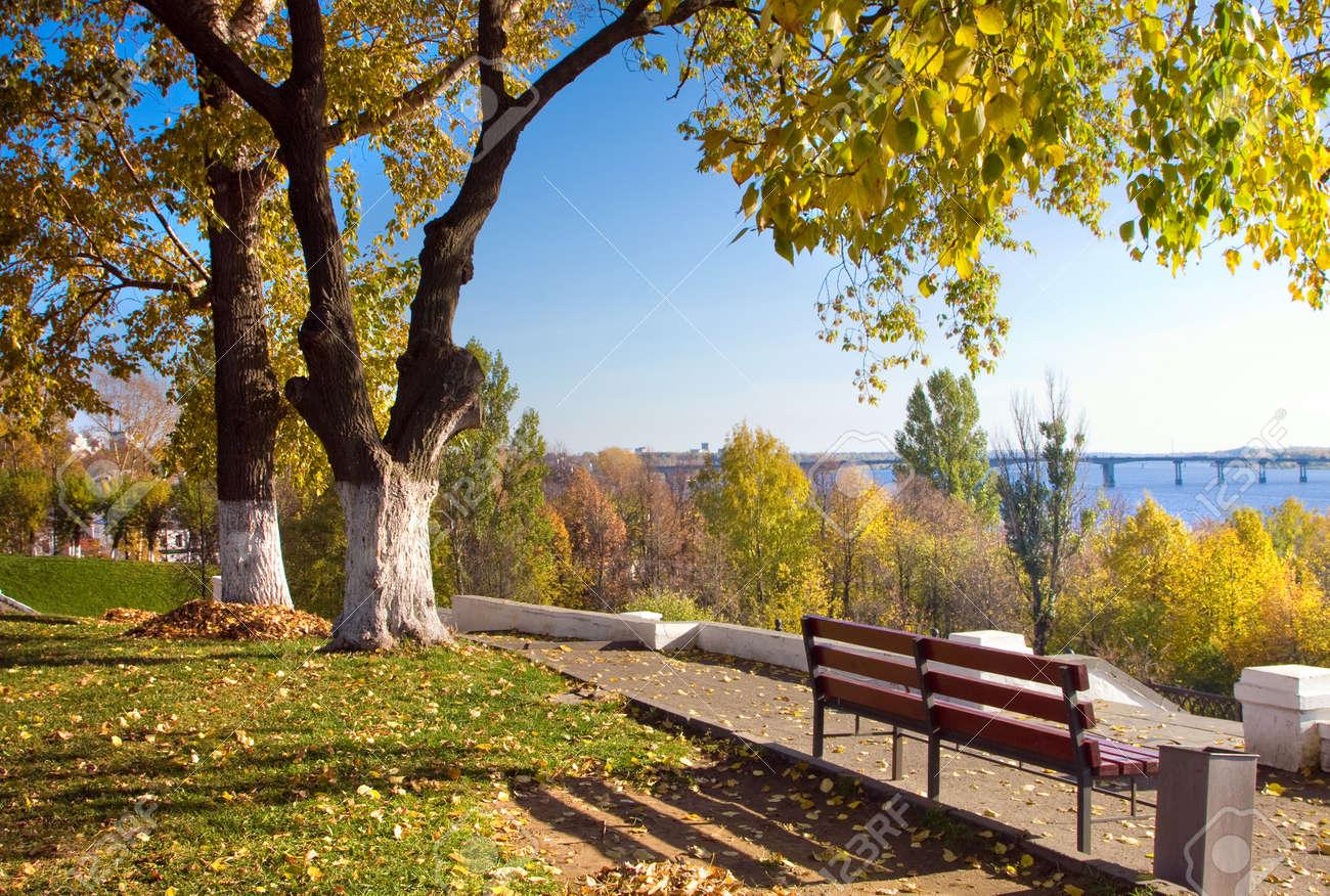 осень в городе картинки красивые