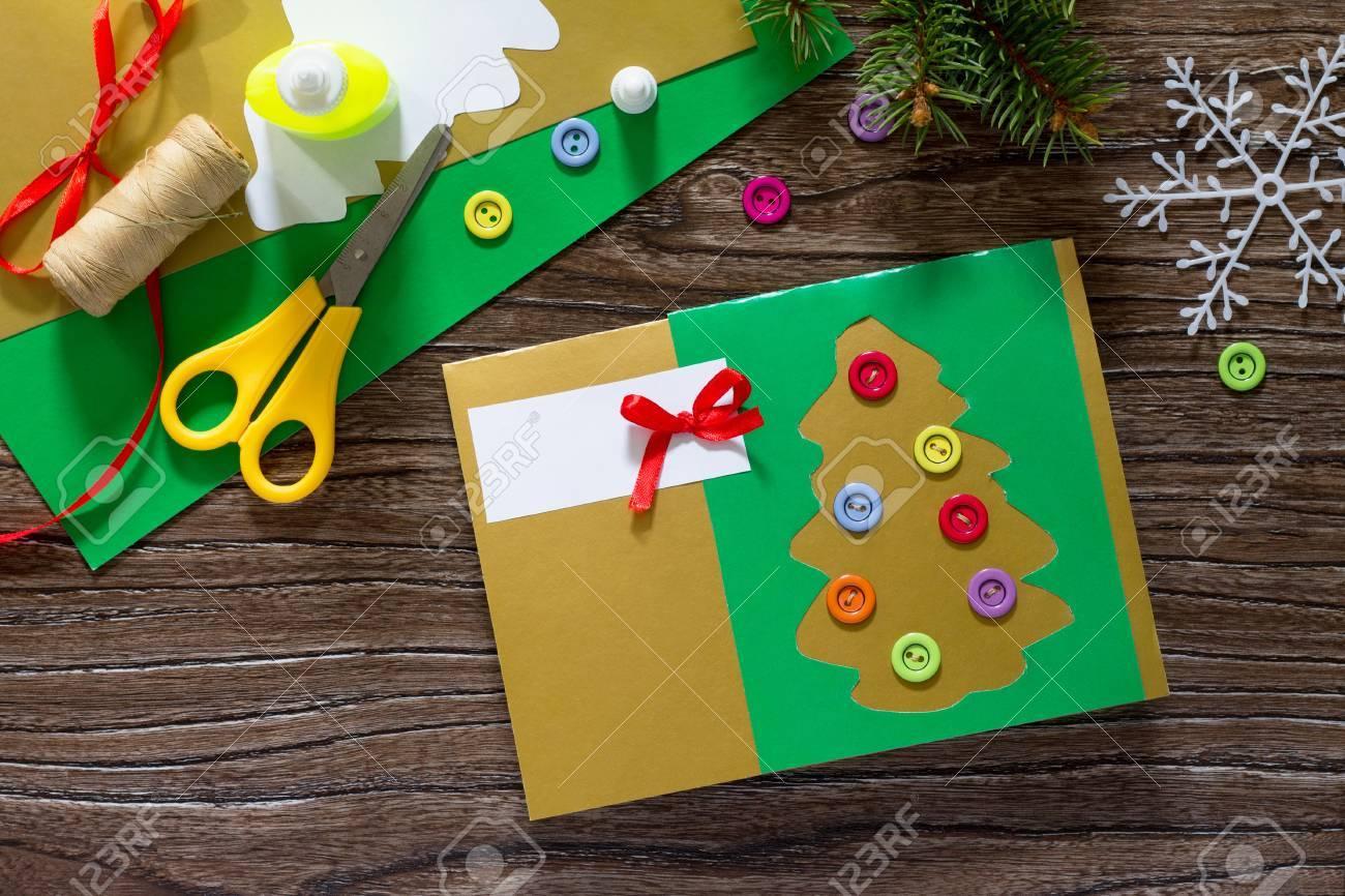 El Nino A Crear Tarjetas De Felicitacion De Navidad De Papel Festivo - Crear-tarjetas-de-navidad