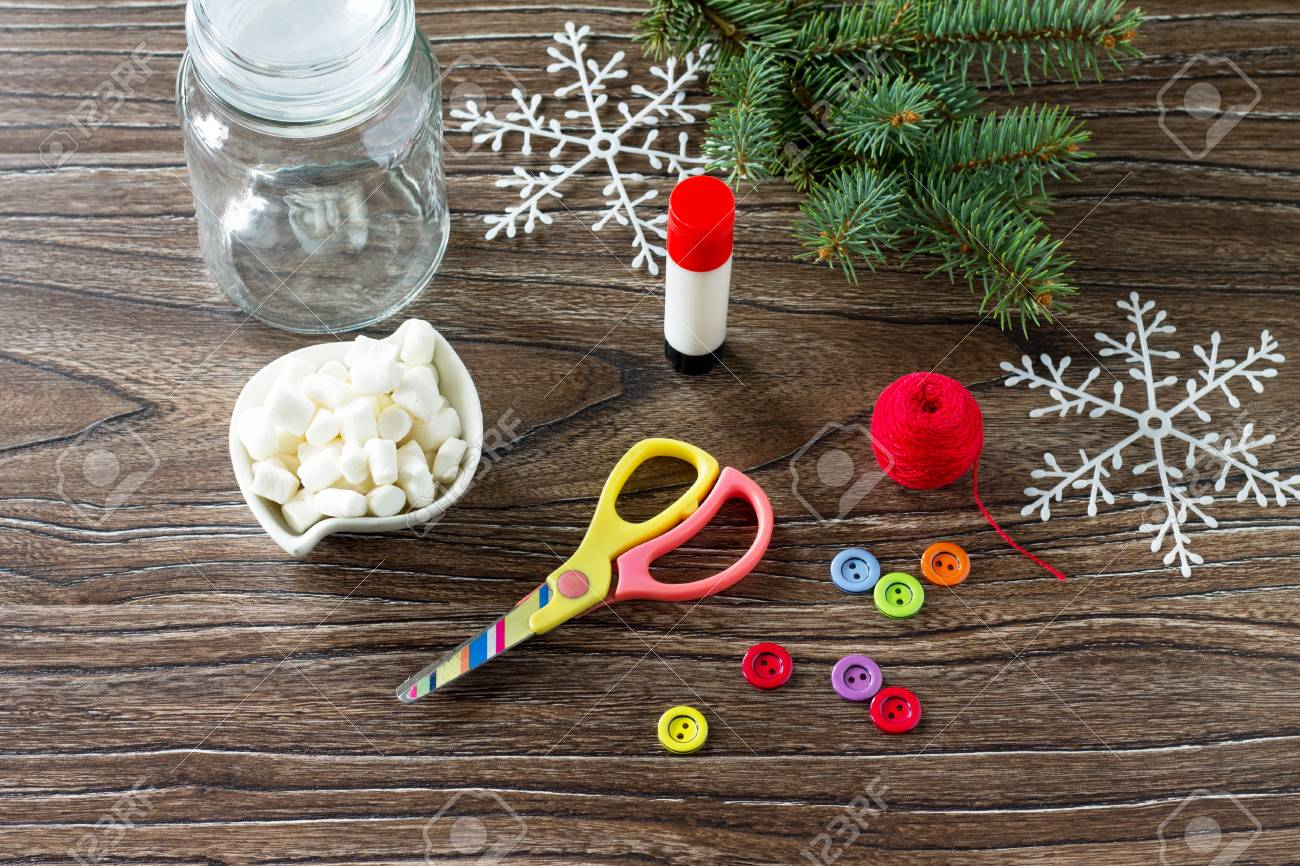Details Of The Christmas Gift Snowman Sweets - Marshmallow, Jar ...