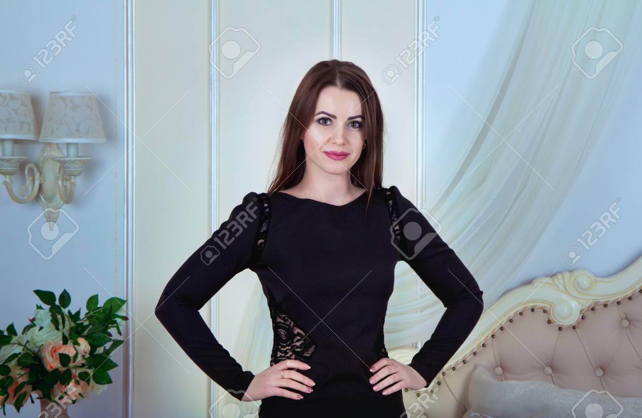Peluda Morena De Hydie29w Mujer Joven La Largo Pelo D Hermosa Retrato 0wO8nPkX
