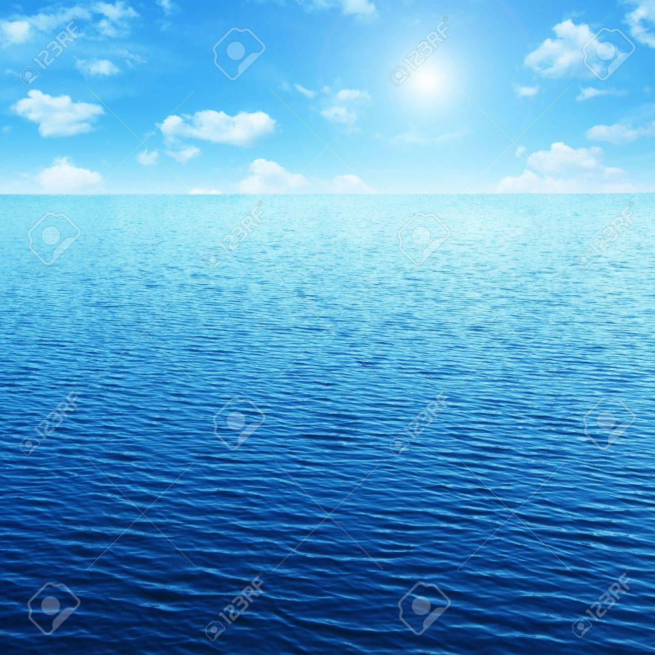 Blue sky,sun and sea. Stock Photo - 11646110