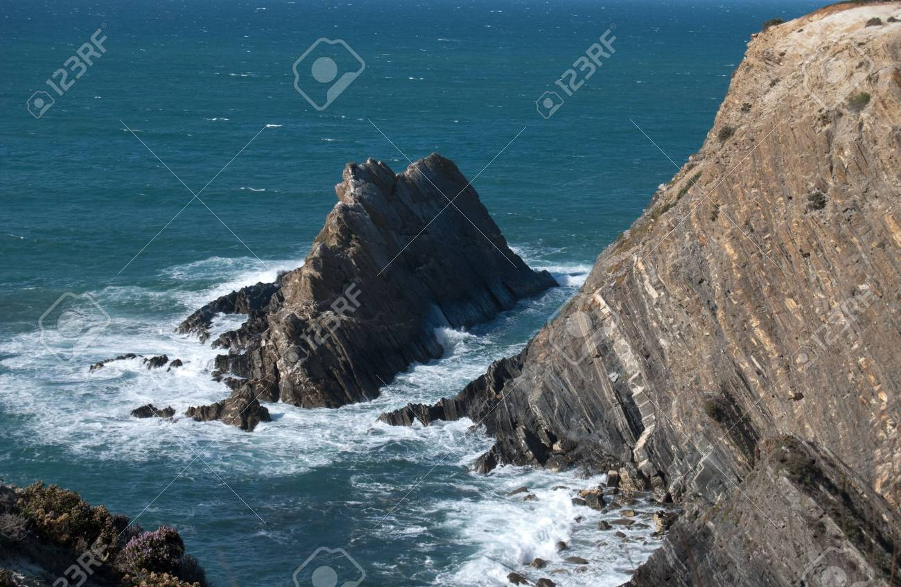 Magnific Cliffs of Portugal in Atlantic ocean Stock Photo - 5843827