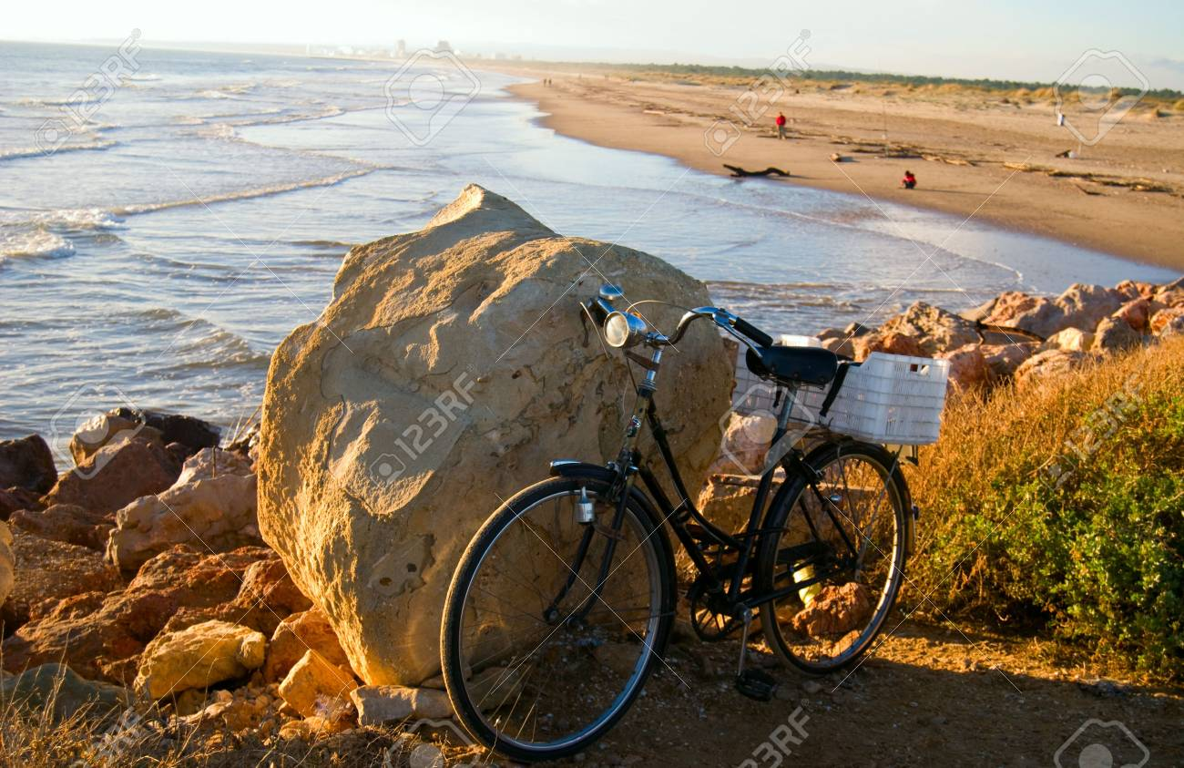 The Bicycle on the beach of Atlantic ocean Stock Photo - 6263738