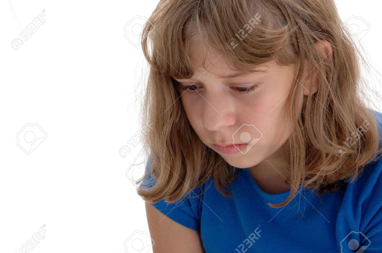 Niedergeschlagen 13 Jahre Altes Mädchen Mit Sehr Tragischen Augen ...