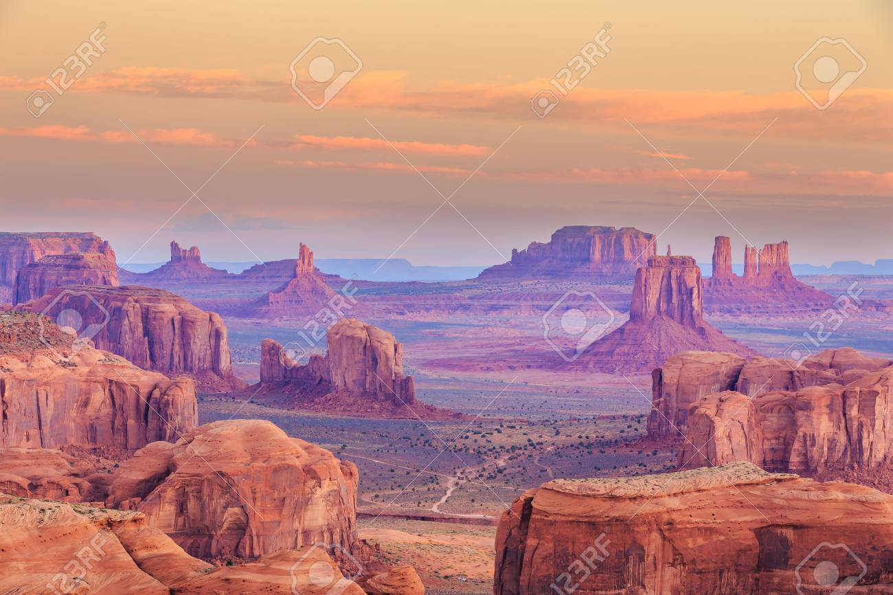 Hunts Mesa in Monument Valley, Arizona - 60963468