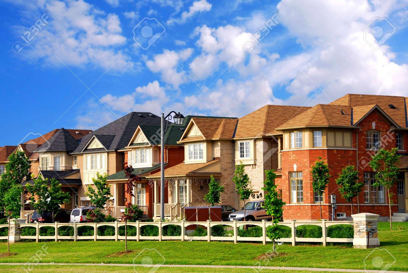 Row of new residential houses in suburban neighborhood - 838043