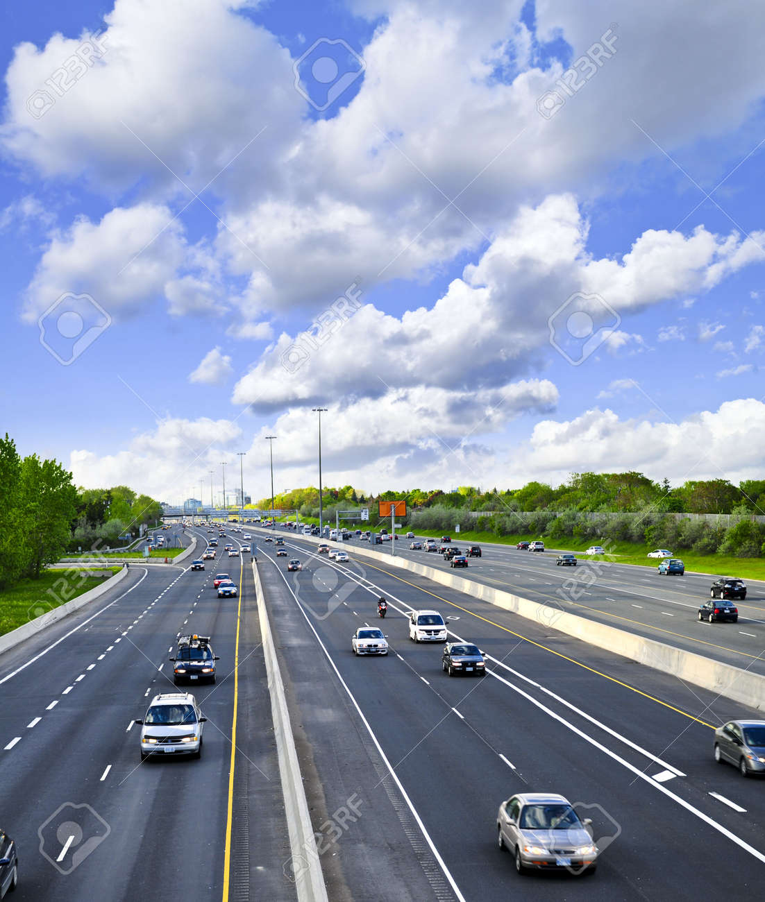 Busy multi-lane highway in a big city Stock Photo - 3483617