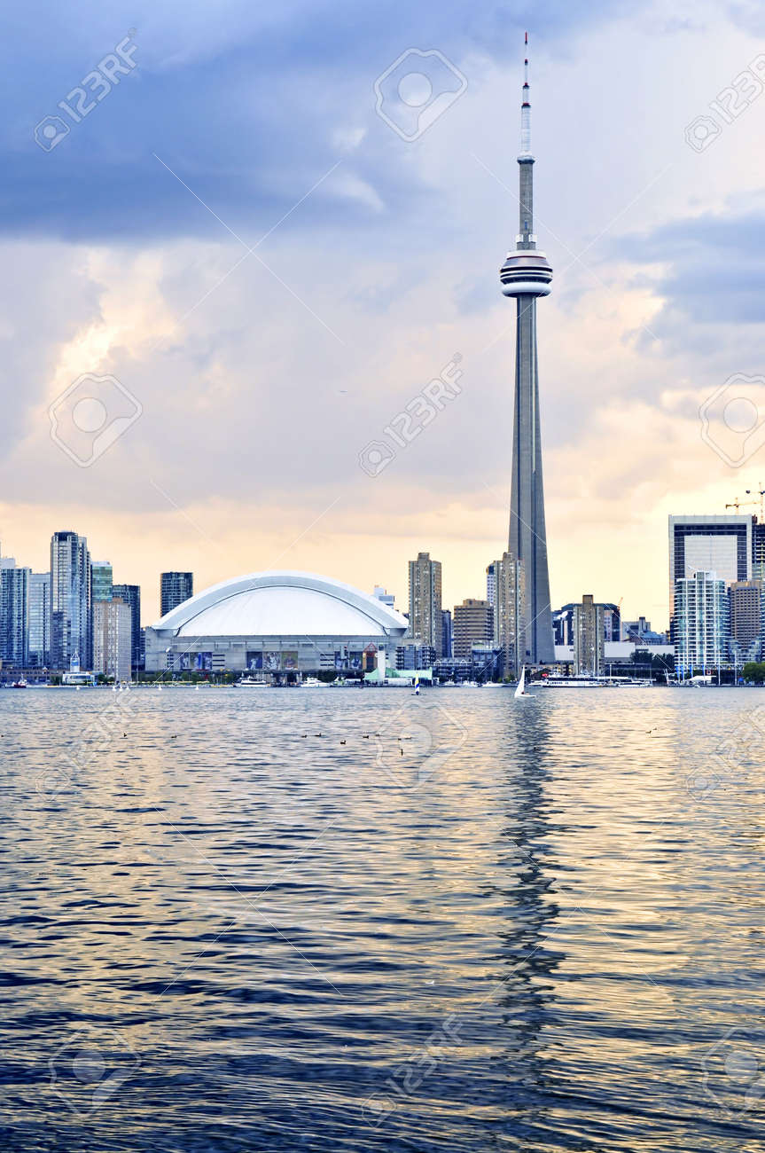 Scenic view at Toronto city waterfront skyline at sunset Stock Photo - 3664428