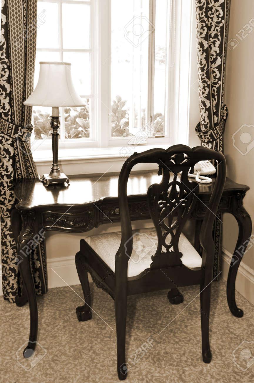desk in living room. zamp.co