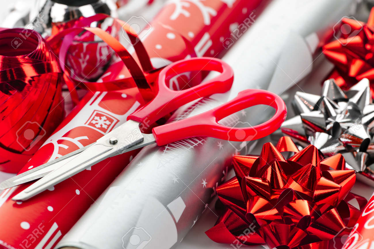 cheap christmas wrapping paper ideas Smart shoppers take advantage of year end sales to stock up on christmas gift wrap and gift wrap accessories christmas wrapping paper sale.