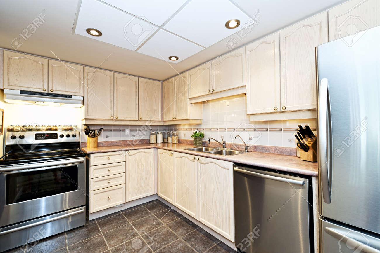 Modern luxury kitchen with stainless steel appliances Stock Photo - 15374768