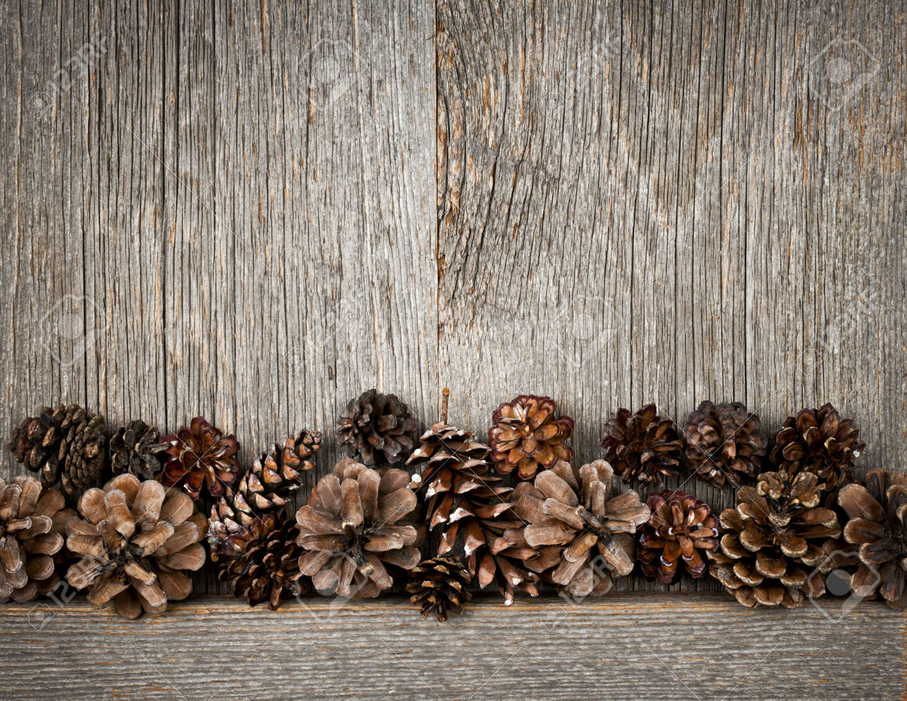 Rustikal background  Rustic Natural Wooden Background With Pine Cones Stock Photo ...
