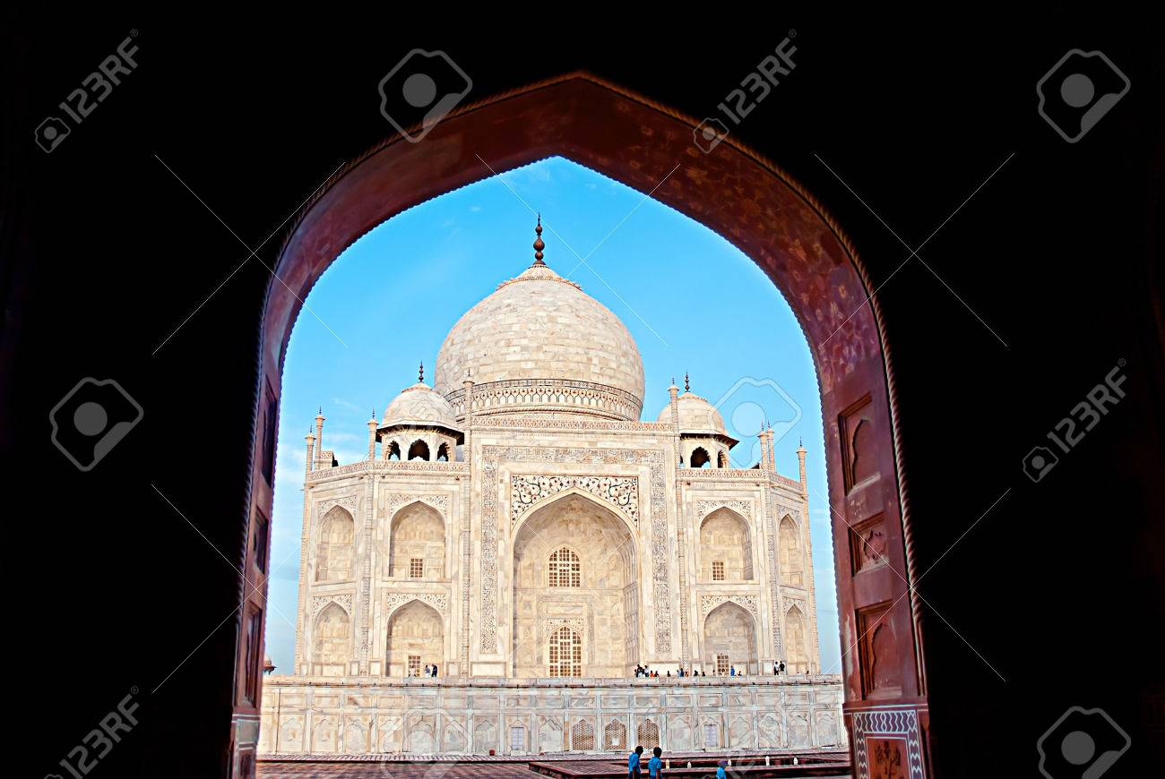 India. Taj Mahal indian palace. Islam architecture. Door to the mosque Stock Photo & India. Taj Mahal Indian Palace. Islam Architecture. Door To The ...