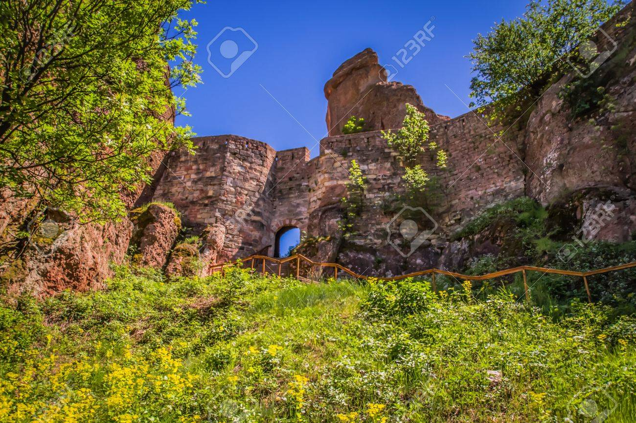 The main entrance to the famous Belogradchik fortress in Bulgaria - 20882551
