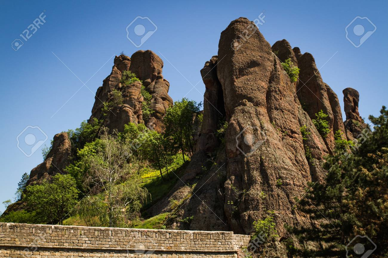 The main entrance to the famous Belogradchik fortress in Bulgaria - 20882596