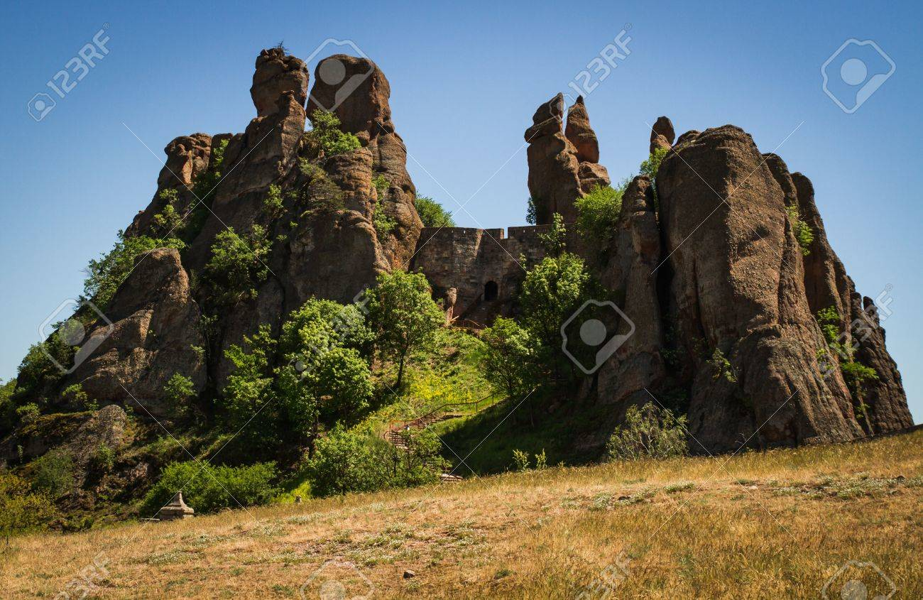 The main entrance to the famous Belogradchik fortress in Bulgaria - 20882599