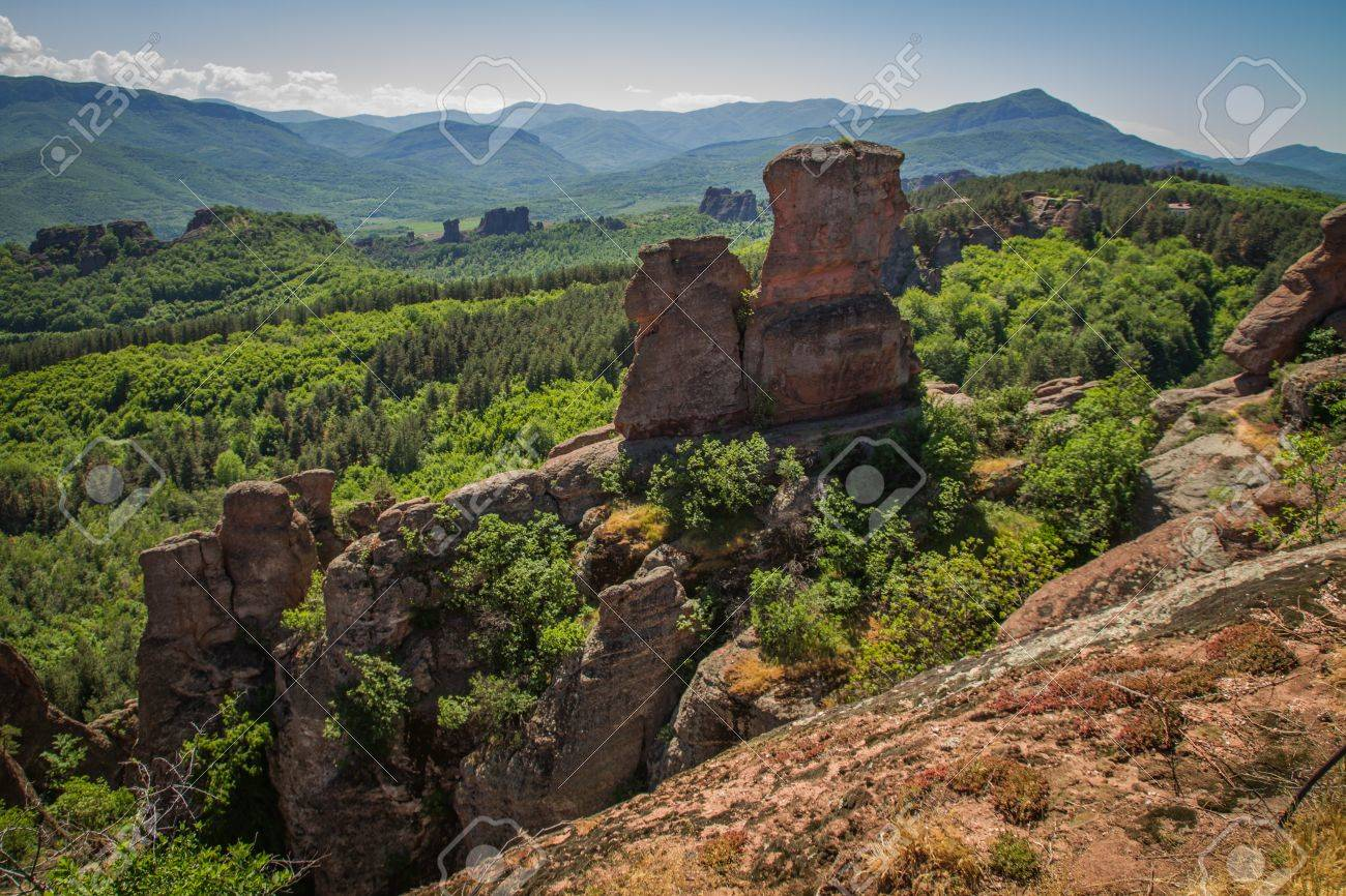 The main entrance to the famous Belogradchik fortress in Bulgaria. - 21049728