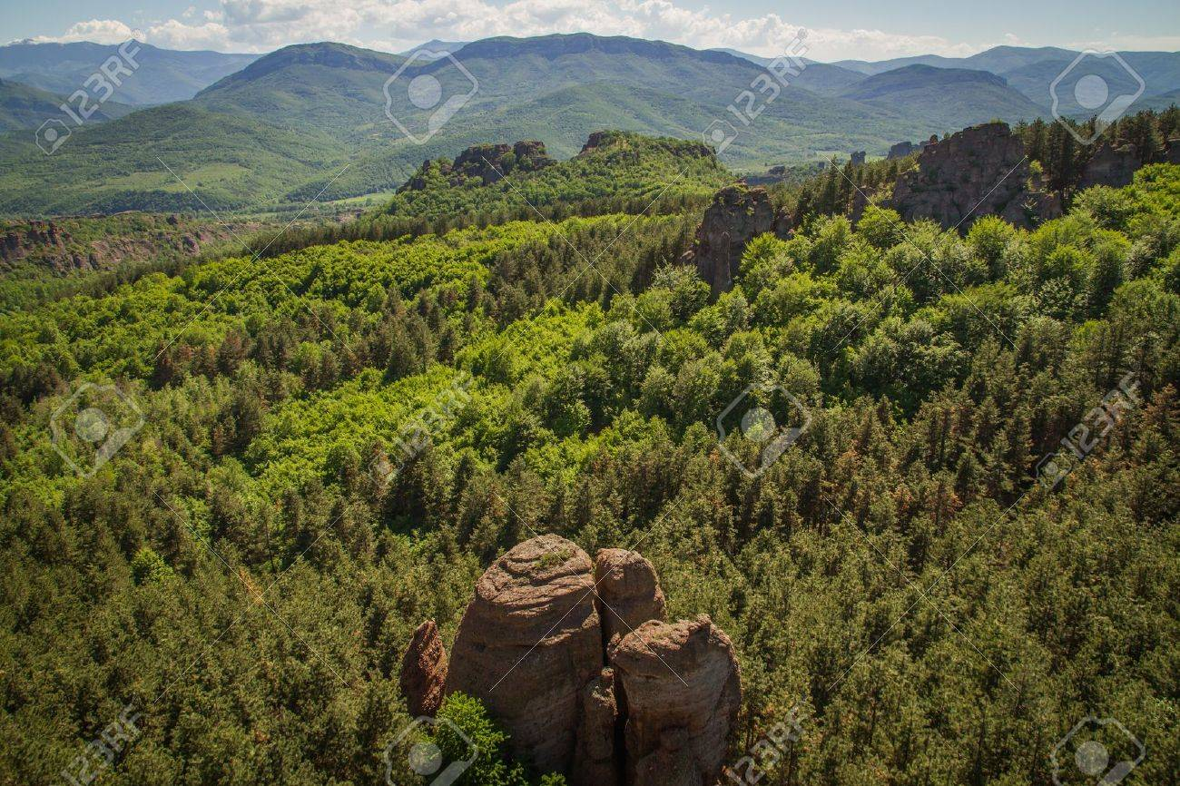 The main entrance to the famous Belogradchik fortress in Bulgaria. - 21049797