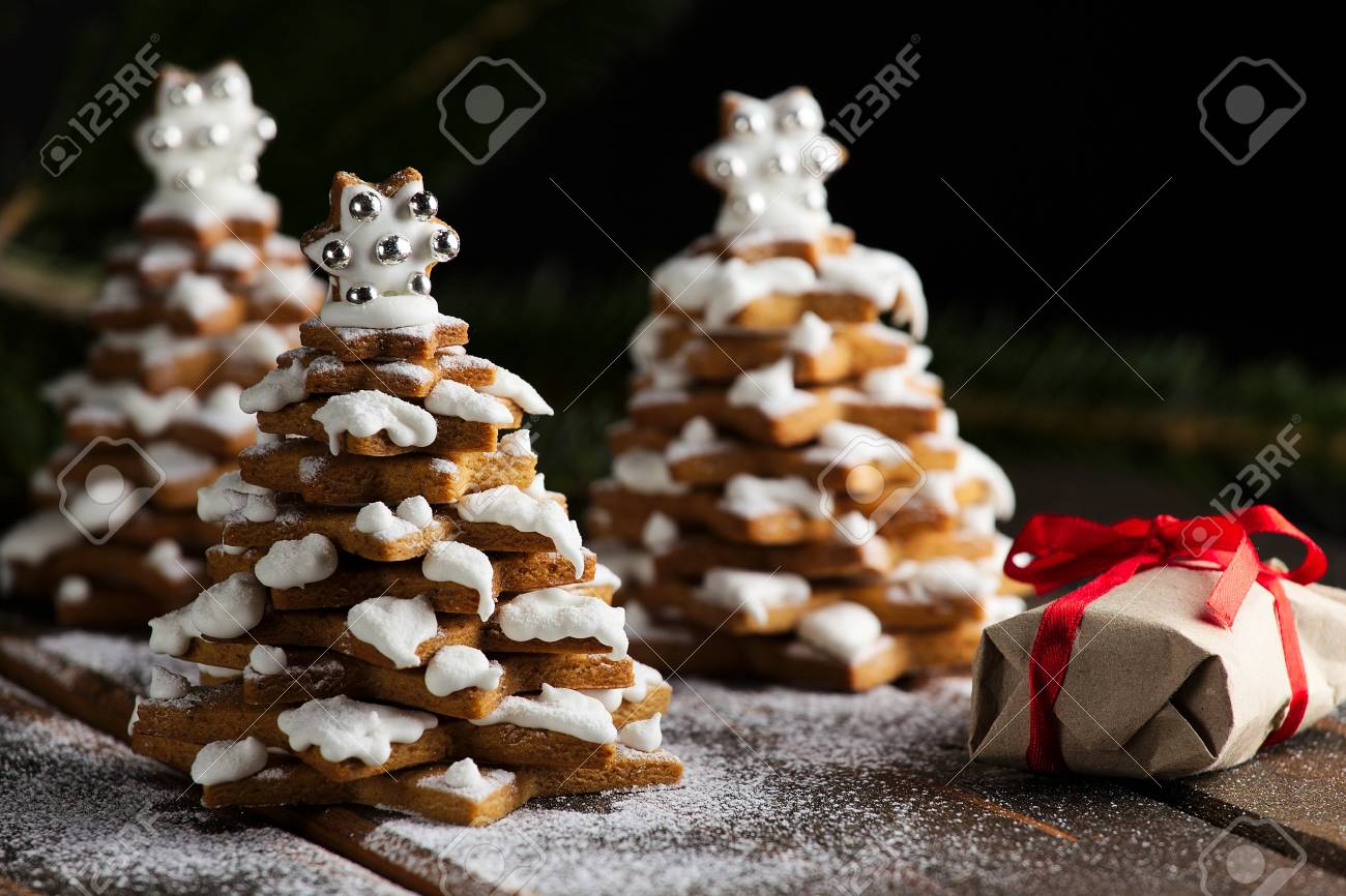 Gingerbread Christmas Trees Cookies With Live Christmas Tree
